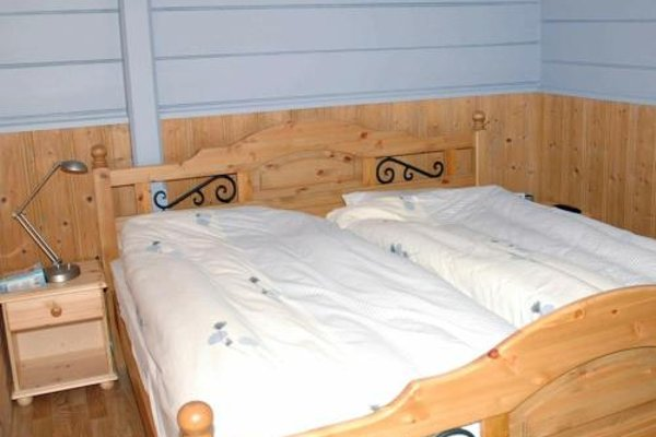 Three-Bedroom Holiday home in Isfjorden - фото 7
