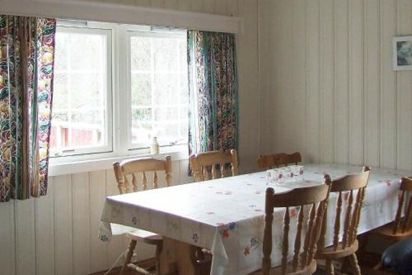 Two-Bedroom Holiday home in Storfosna - фото 9
