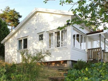 Guesthouse Two-Bedroom Holiday home in Uddevalla 1