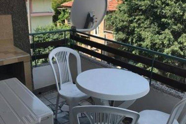 Apartment Geni - 11