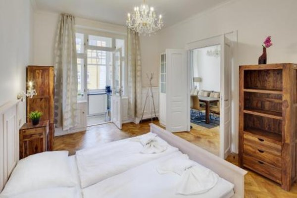 V Kolkovne Old Town Apartment - фото 35