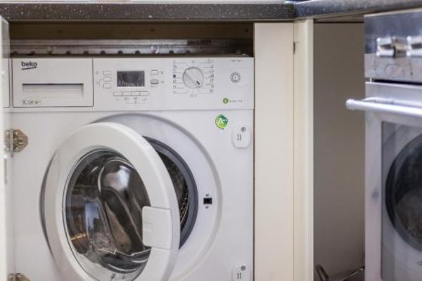 V Kolkovne Old Town Apartment - фото 13