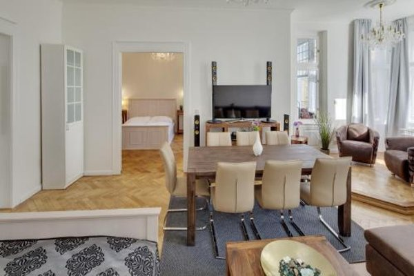 V Kolkovne Old Town Apartment - фото 4