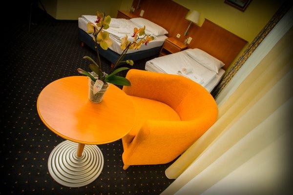 Hotel Sofia - 17
