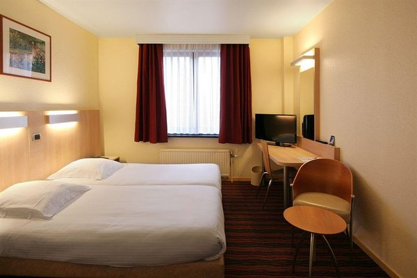 Astrid Hotel - 4