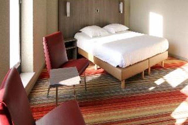 Aris Grand Place Hotel - фото 3