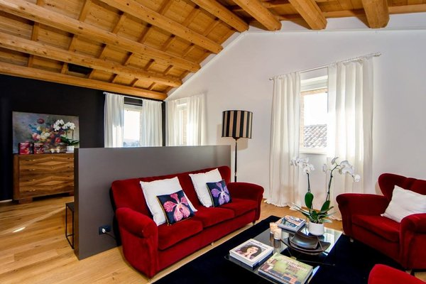 CasaVostra - Ambience Suites - 11