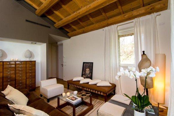 CasaVostra - Ambience Suites - 13