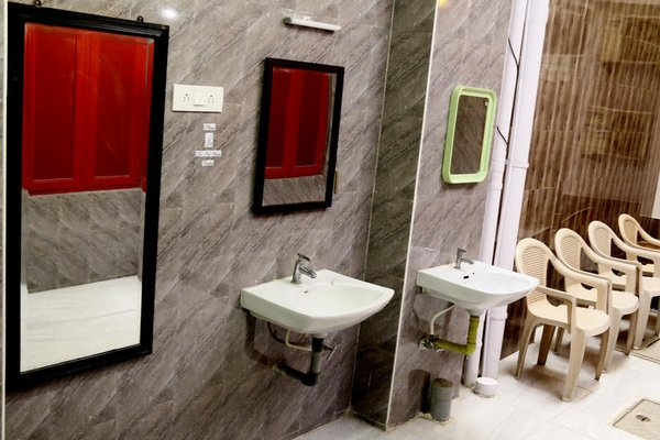 Red Lollipop Hostel Chennai - 7