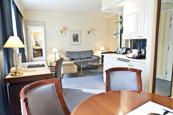 Hotel Le Chatelain - фото 5