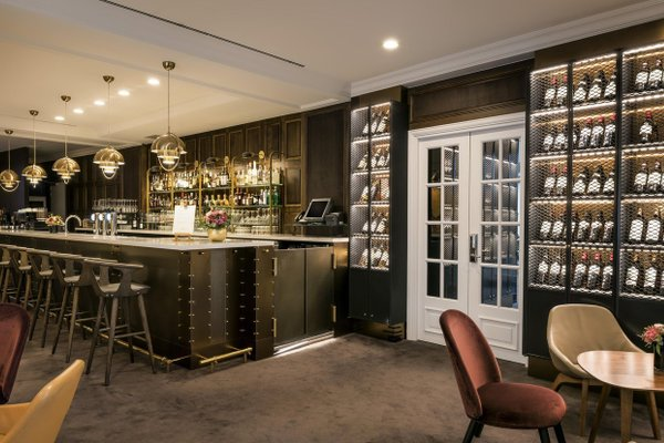 Hilton Brussels Grand Place - 10