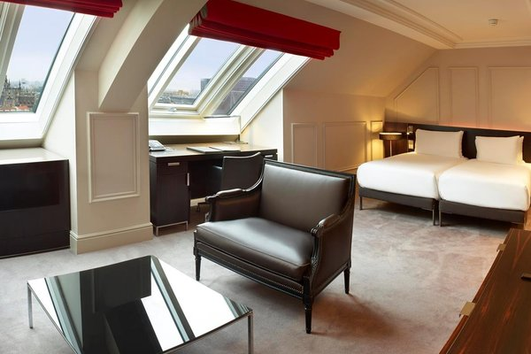 Hilton Brussels Grand Place - 16