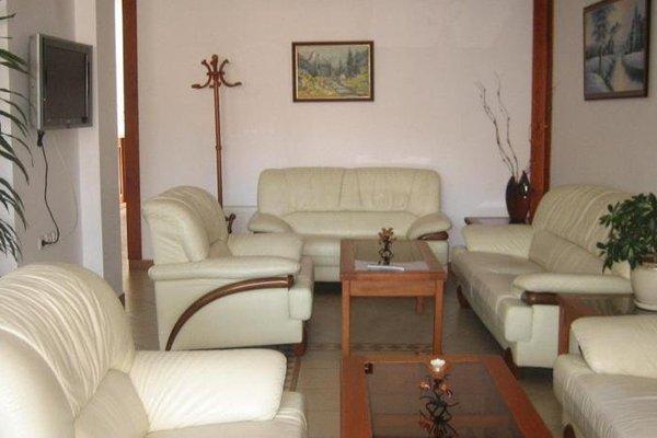 Hotel Nadejda Bansko - фото 4