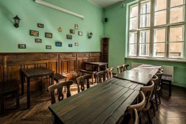 The Little Havana Party Hostel - фото 15
