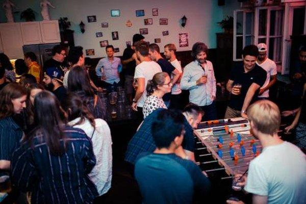 The Little Havana Party Hostel - фото 16