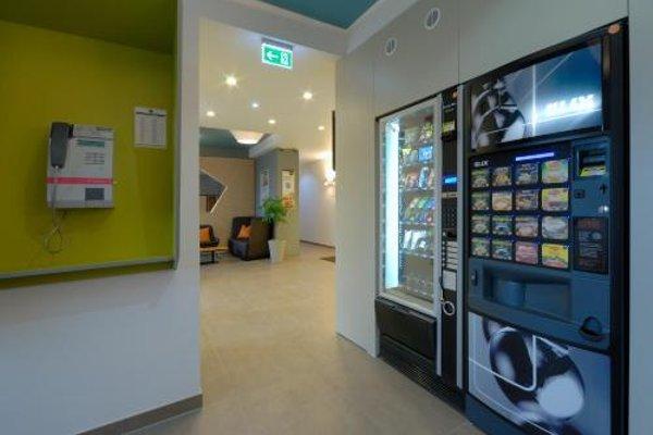 B&B Hotel Wiesbaden - 19
