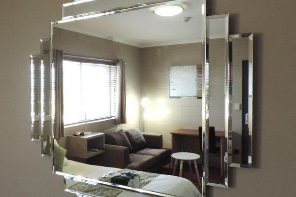 Childers Oasis Motel - фото 7