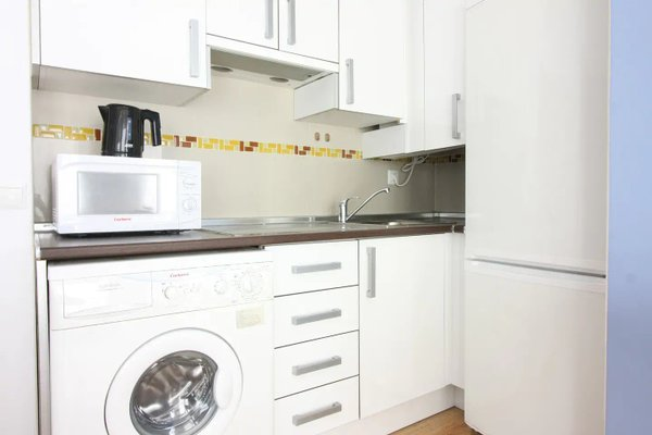 Frailes Apartments - фото 12