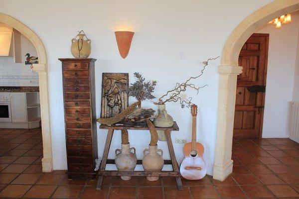 Classical and Romantic Villa - фото 6