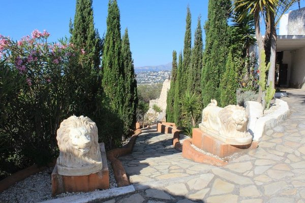Classical and Romantic Villa - фото 8
