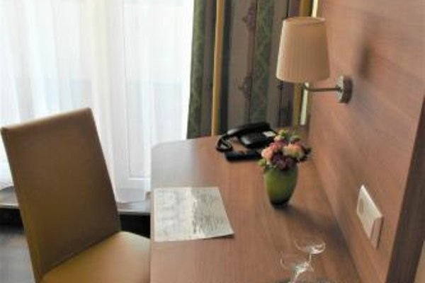 Hotel Luxa - фото 6