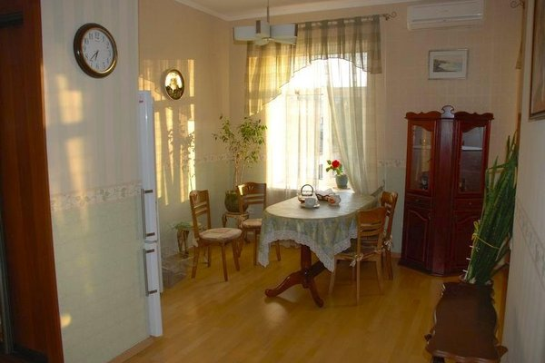 Апартаменты Сталинка на Фрунзе - фото 9