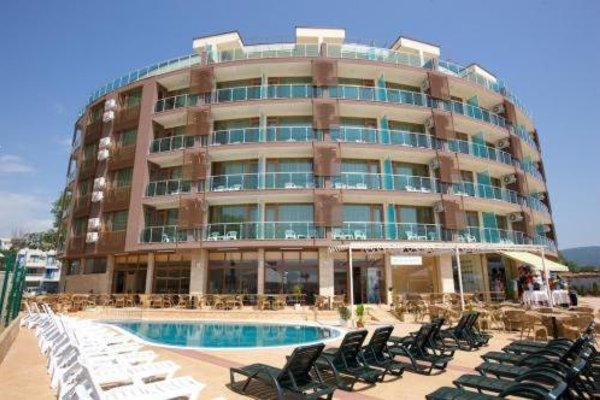 Briz Beach B Hotel - фото 8