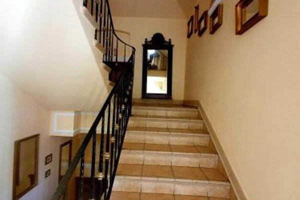 Corner Pub - фото 8