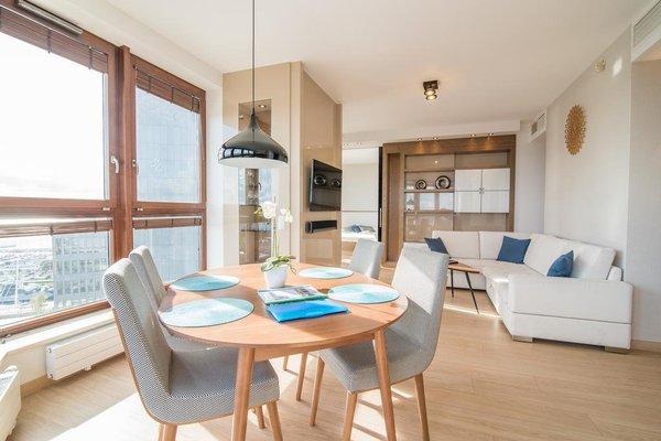Apartamenty Adromeda Sea Towers - 11