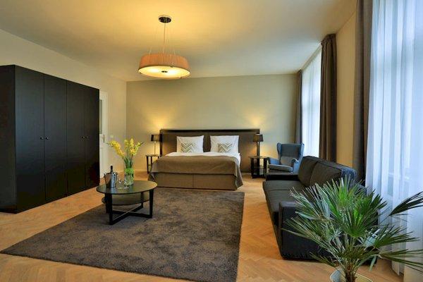 James Hotel & Apartments - фото 5