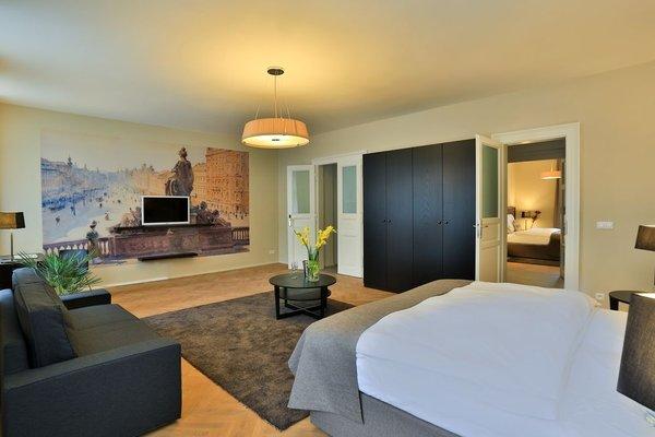 James Hotel & Apartments - фото 7
