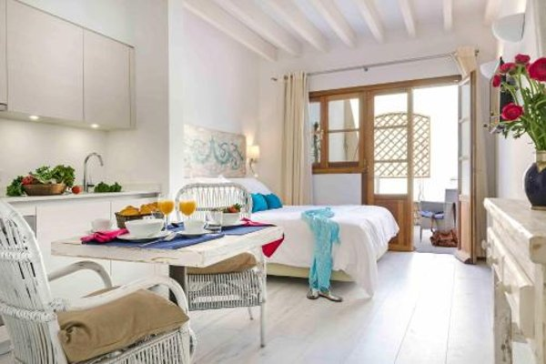 StayCatalina Boutique Hotel-Apartments - 11
