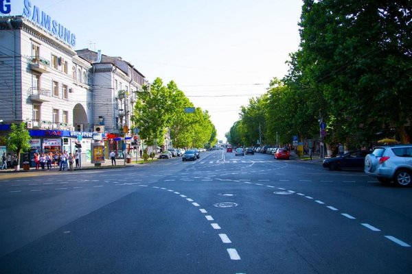 Rent in Yerevan - Apartments on Arami street - фото 5