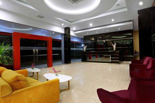 Quest Hotel Balikpapan - фото 10