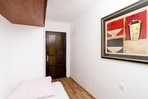 Apartment La Marina - фото 3