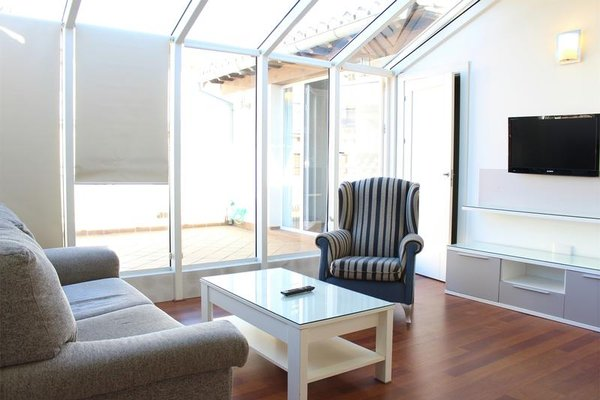 Laurel Suites Apartments - фото 19