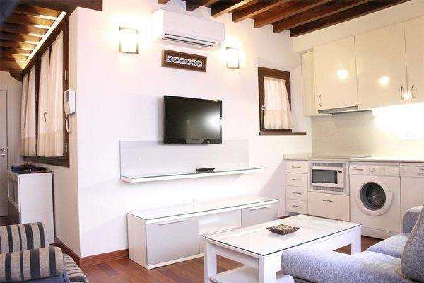 Laurel Suites Apartments - фото 5