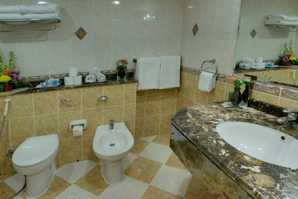 Deira Suites Deluxe Hotel Suites - фото 13