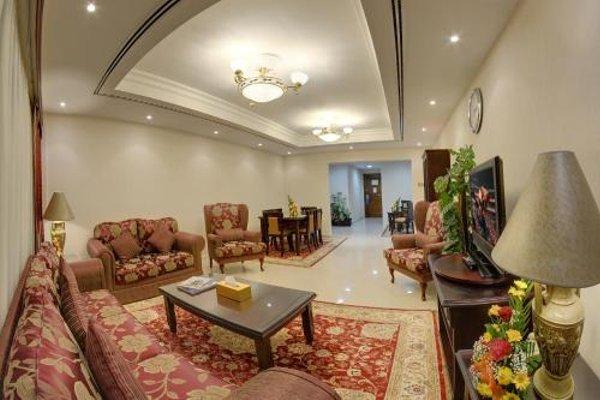 Deira Suites Deluxe Hotel Suites - фото 20