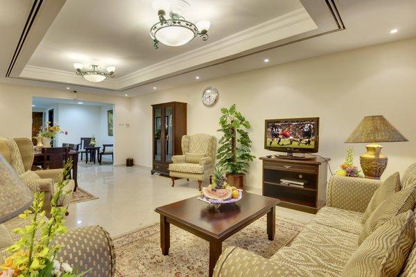 Deira Suites Deluxe Hotel Suites - фото 7