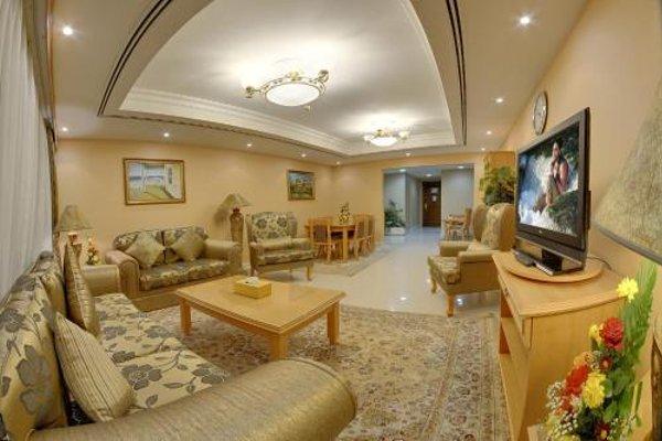 Deira Suites Deluxe Hotel Suites - фото 9
