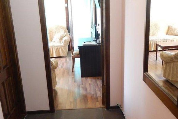 Apartment on Gamsakhurdia - фото 15