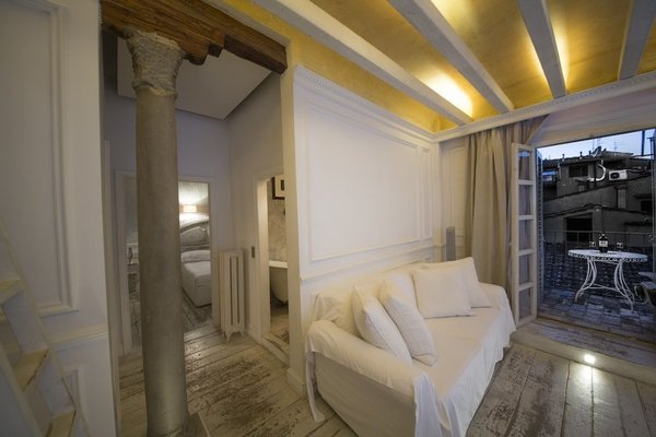 White Home Halldis Apartment - 5