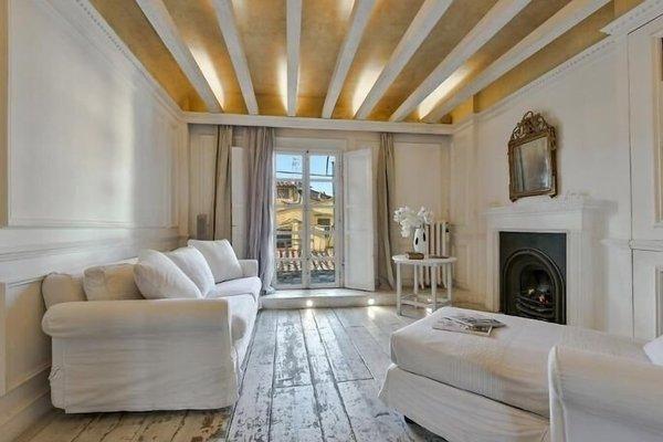 White Home Halldis Apartment - 9