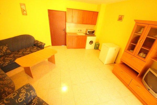 Menada Alfa Apartments - фото 4