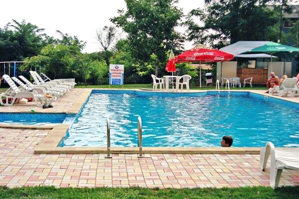 Varna Inn Sea Park Apartments - 23