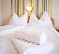 Relax Hotel Heviznel