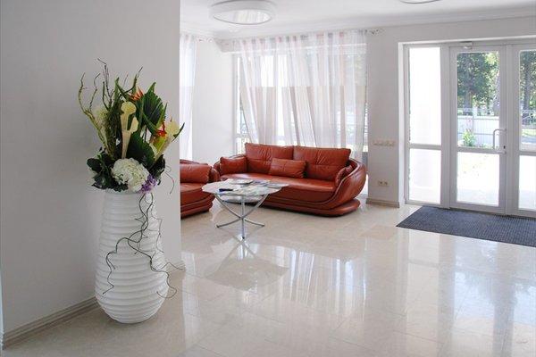 Aquarel Hotel - photo 4