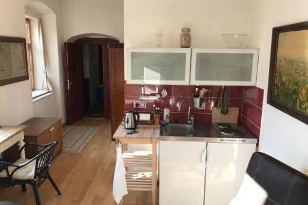 Queen Bee apartments - фото 10