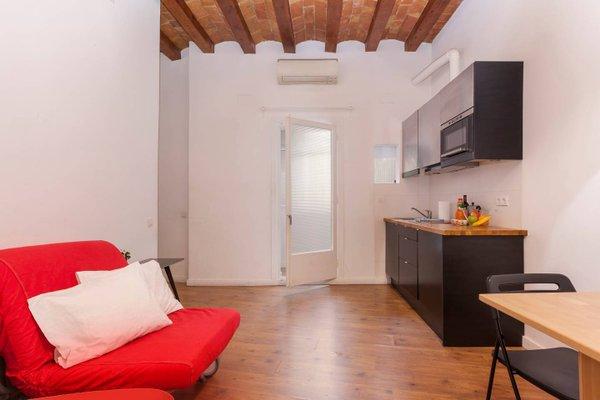 Apartment Nou de la Rambla - 11